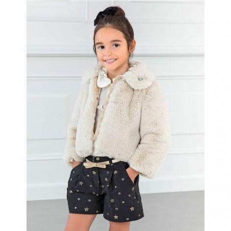 Abrigo corto de pelo para niña color beige