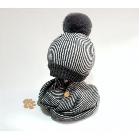 Conjunto infantil de gorro y cuello gris rayas
