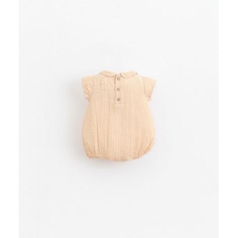 Pelele body bebé corto con cuello en EGG